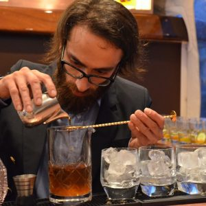 pro-bartender